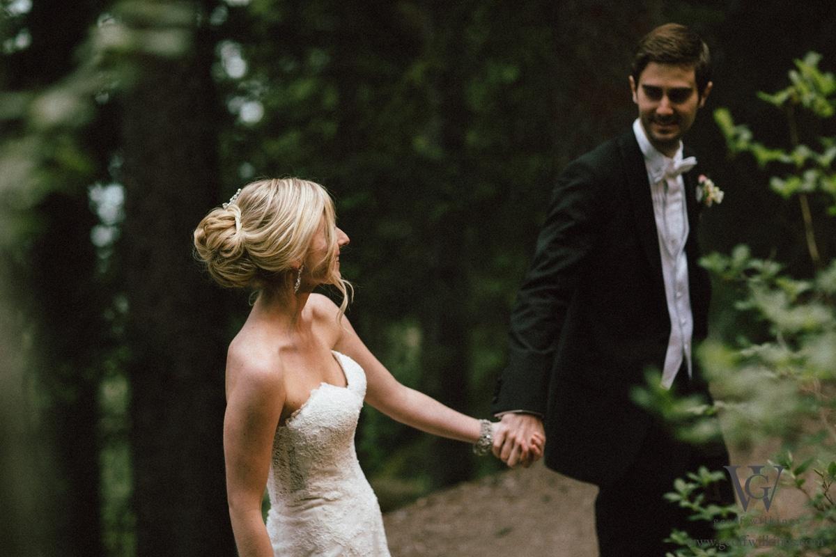 Chateau Lake Louise wedding photographers photos_024