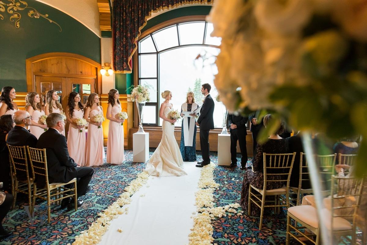 Chateau Lake Louise wedding photographers photos_037