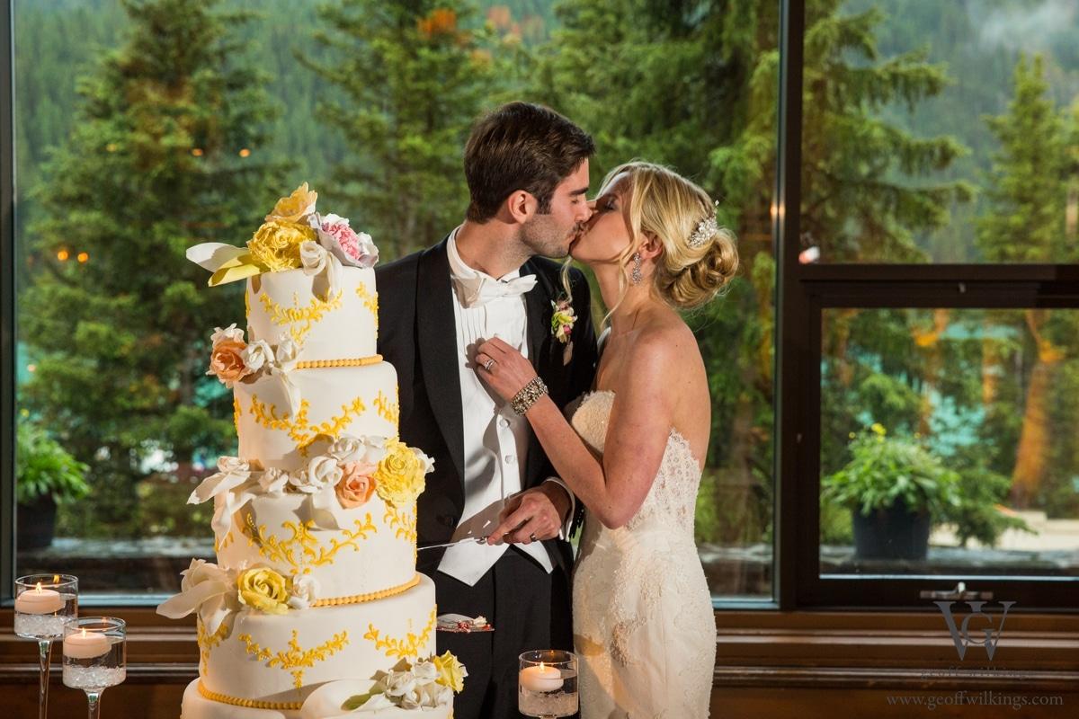 Chateau Lake Louise wedding photographers photos_046