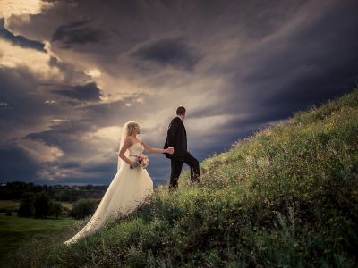 Stunning Calgary Wedding Photos<BR>storms - sun - wind