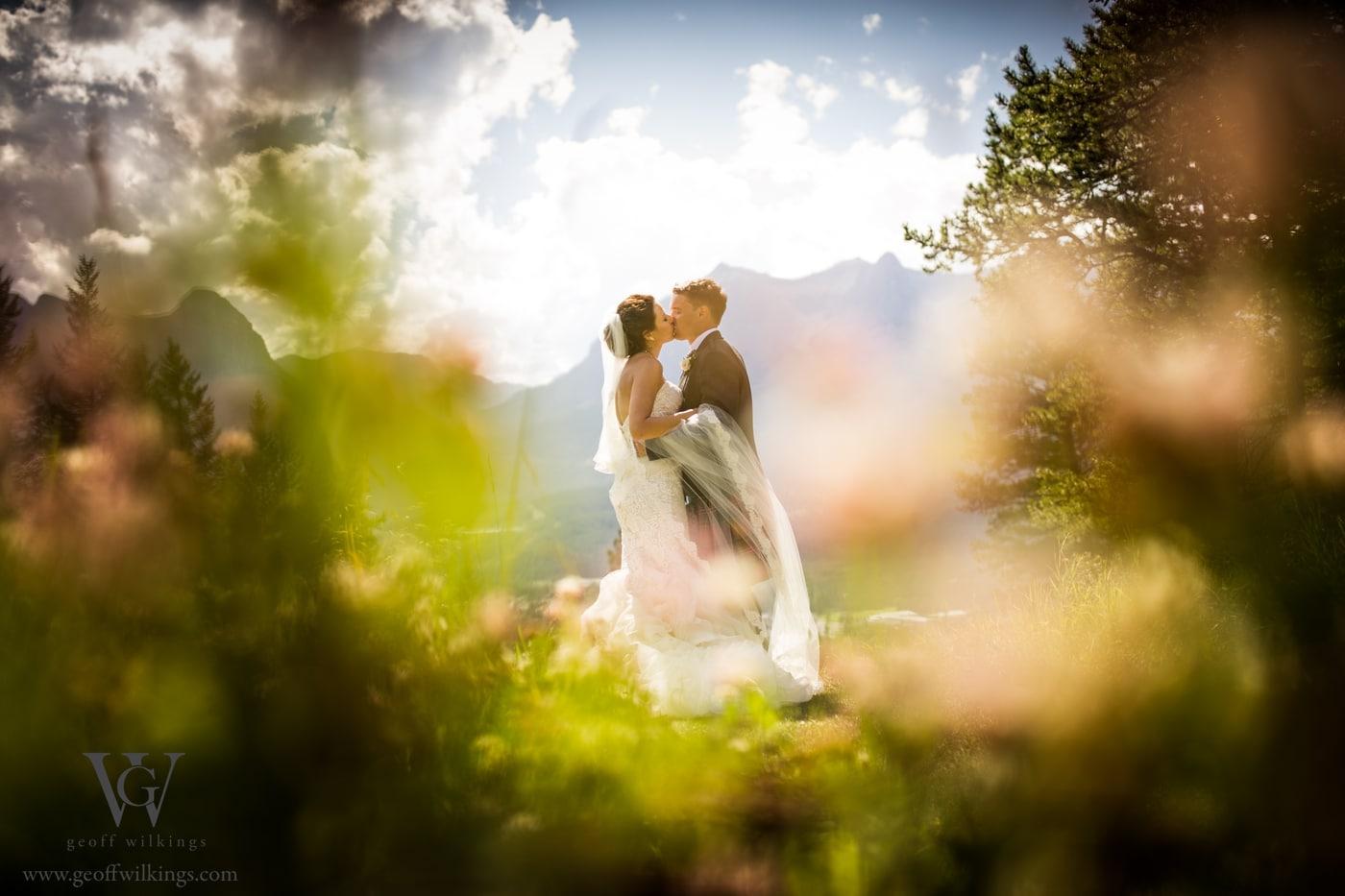 Silvertip wedding photos Calgary wedding photographers Geoff Wilkings Photography_001