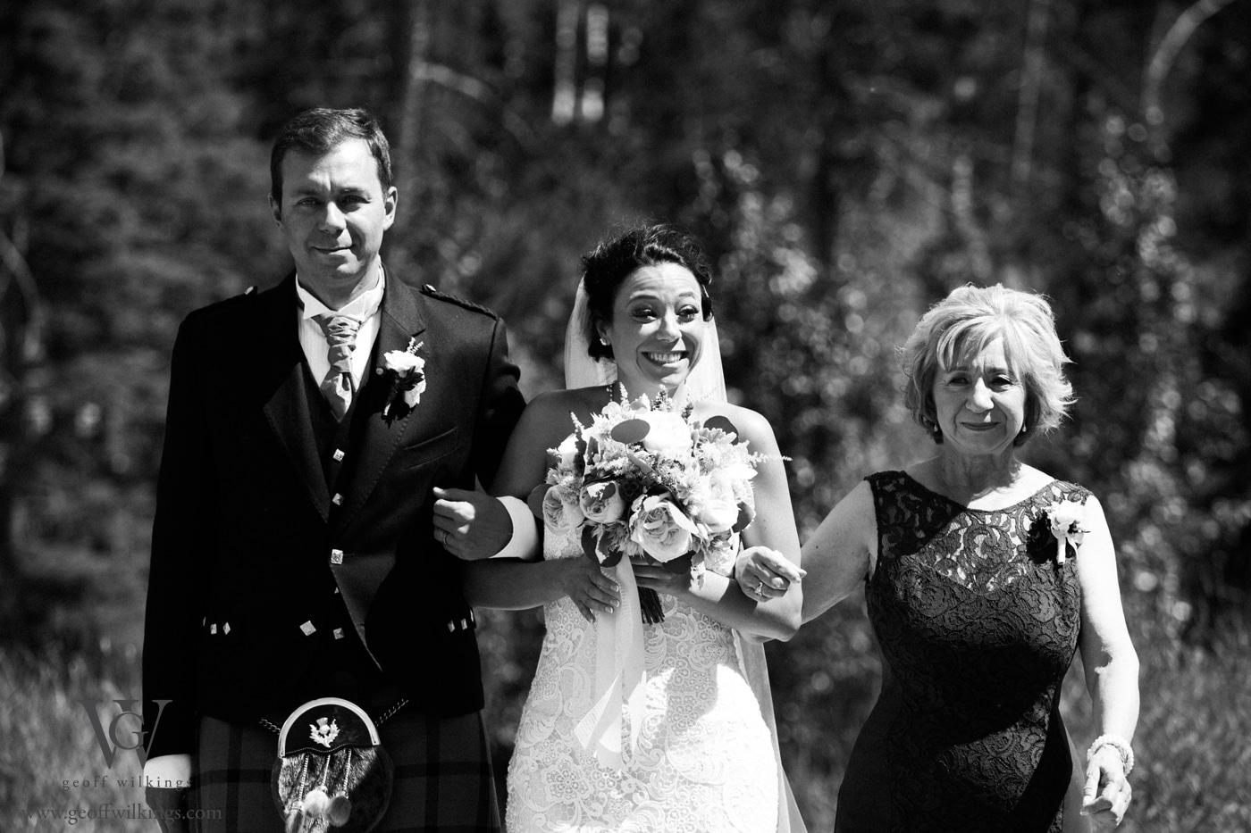 Silvertip wedding photos Calgary wedding photographers Geoff Wilkings Photography_010
