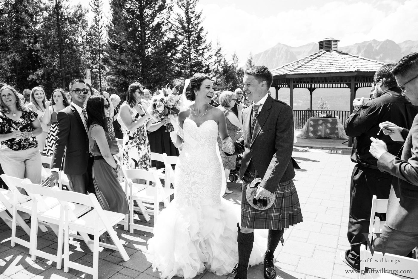 Silvertip wedding photos Calgary wedding photographers Geoff Wilkings Photography_014