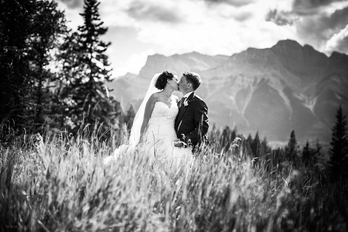 Silvertip wedding photos Calgary wedding photographers Geoff Wilkings Photography_019